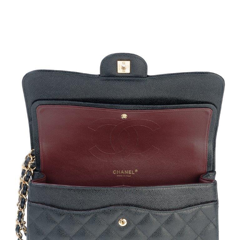 Handbag for rent Chanel Classic Jumbo - Rent Fashion Bag